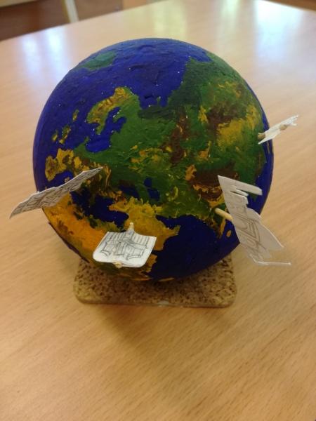 Skolēna veidots globuss
