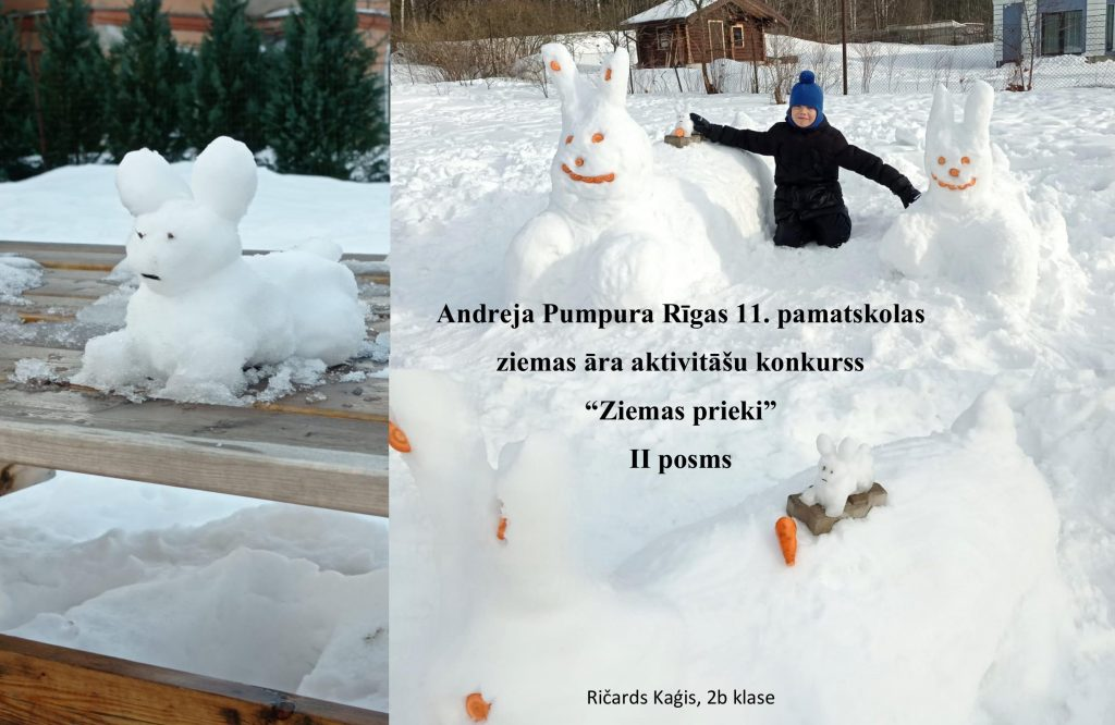Zēns ar diviem lieliem sniega zaķiem